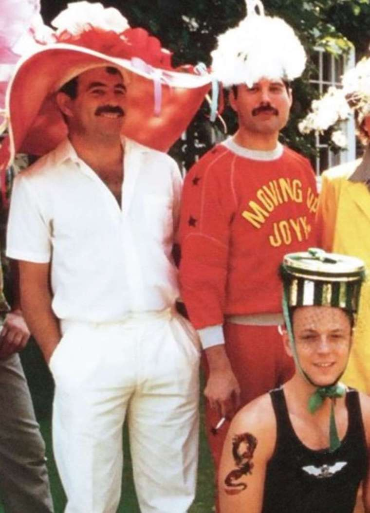 jim-hutton-freddie-mercury-92
