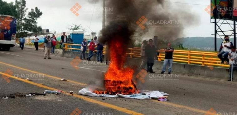 CNTE-Bloqueos-Oaxaca-FOTO-Ernesto-Rojas
