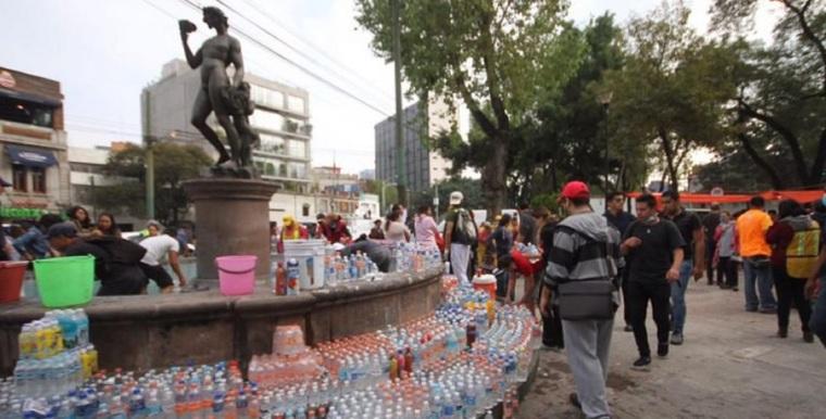 Ayuda-humanitaria-por-sismo-cdmx-Foto-Leo-Casas-768x391
