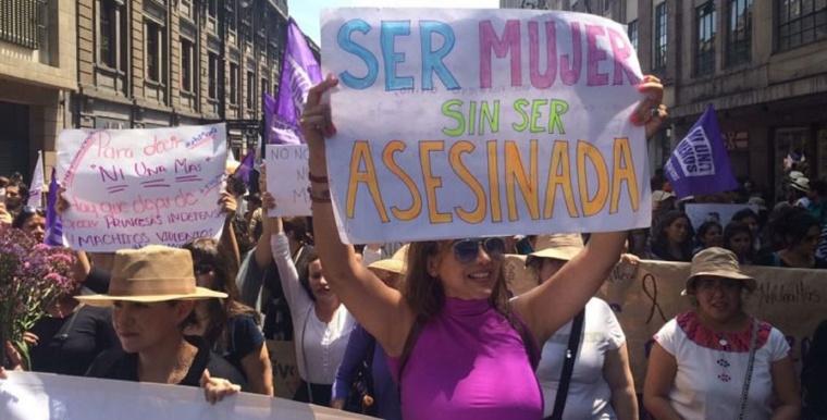 mara-castilla-feminicidios-marcha-violencia-Melton6-770x392