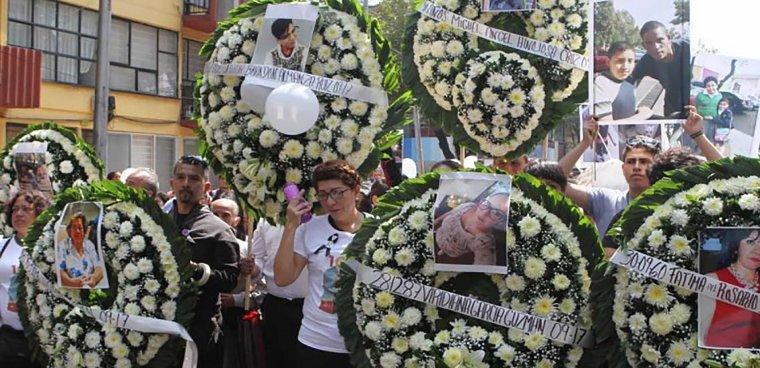 Multifamiliar-de-Tlalpan-daños-por-sismo-19S-terremoto-afectaciones-damnificados-memorial-recuerdo-homenaje-flores-LCM_9375-6-770x392