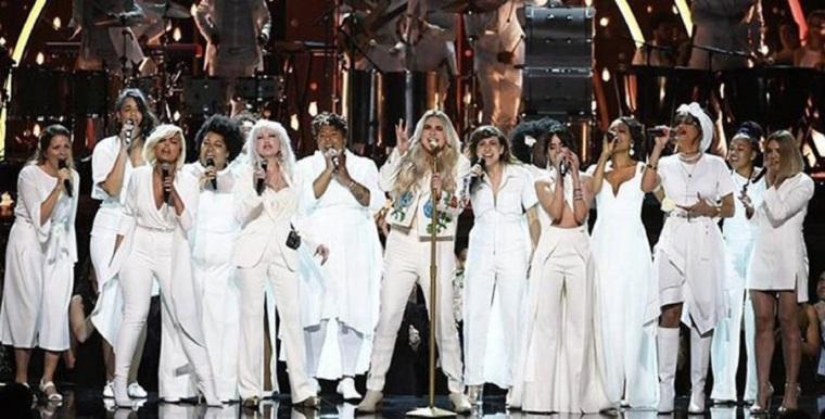 Kesha-en-los-Grammys-768x391