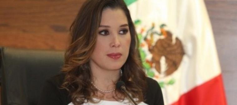 Presenta-Ximena-Puente-de-la-Mora-renuncia-como-comisionada-del-INAI.-Foto-NOTIMEX-890x395_c