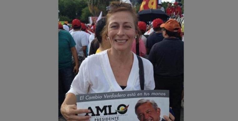 La-coordinadora-de-campaña-de-Andrés-AMLO-en-campaña-2012-768x391