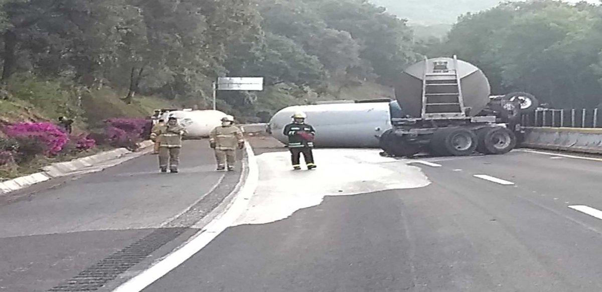 Cerrada la autopista México-Cuernavaca por accidente